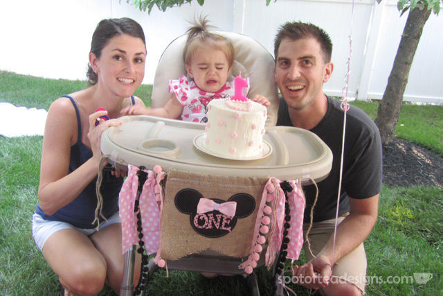 Minnie Mouse First Birthday Party: One High Chair Banner | spotofteadesigns.com