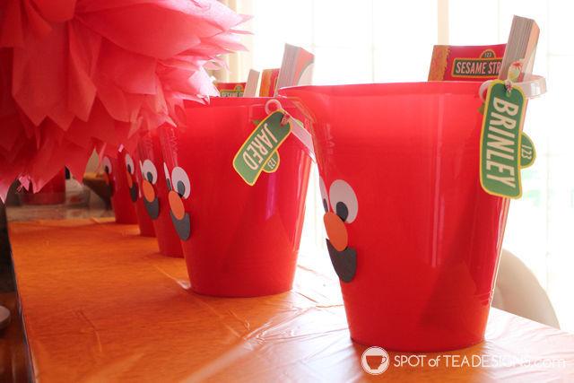 Elmo 2nd #Birthday #Party - Elmo favor buckets | spotofteadesigns.com