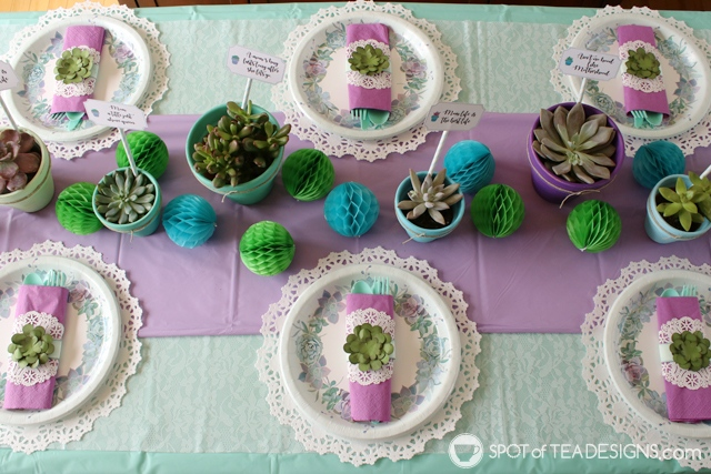 Paper succulents napkin rings tutorial | spotofteadesigns.com