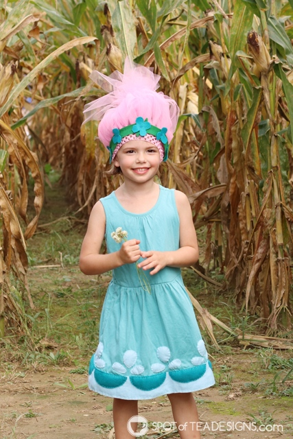 DIY Poppy and Branch Trolls Halloween Costumes with free templates | spotofteadesigns.com