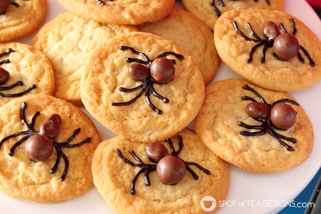 5+ budget friendly spider-man party hacks - semi homemade spider cookies   spotofteadesigns.com