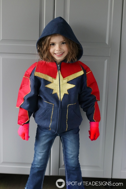 DIY Hoodies for kids - captain marvel | spotofteadesigns.com