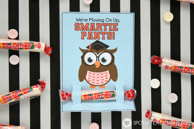 Last day of school printables - They hold a Smarties candy for your smartie pants! Both teacher to student and student to student styles available for instant download! | spotofteadesigns.com