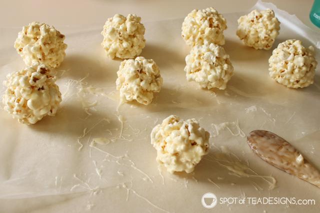 Soccer Party Treats - Soccer Popcorn Balls | spotofteadesigns.com