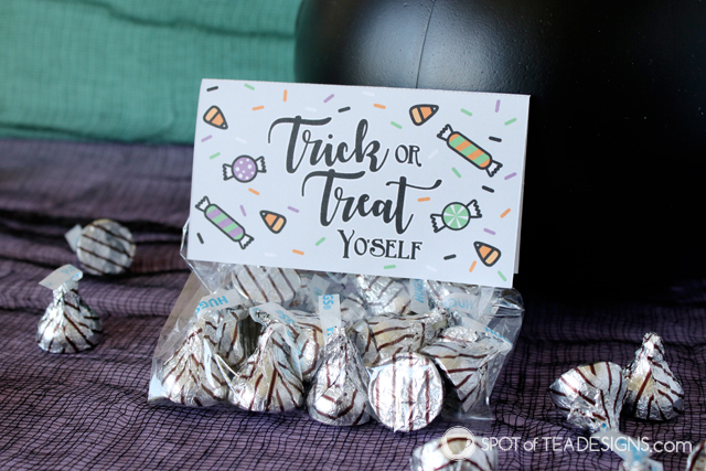 Halloween Party Printables - Trick or treat yo'self bag toppers   spotofteadsigns.com