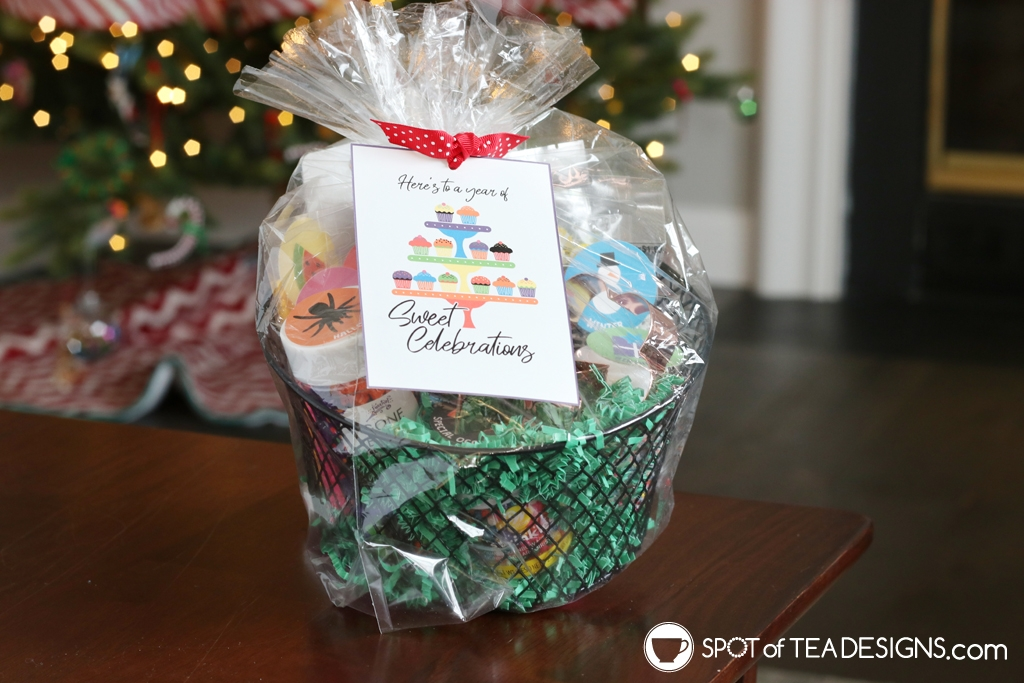 Year of Sweet Celebrations - Sprinkles Gift Basket idea with printable tags. Great gift for new home owner, white elephant or baker. | spotofteadesigns.com