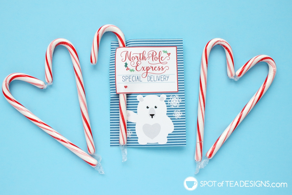 Polar friends printable candy cane holders - great for the holiday season | spotofteadesigns.com