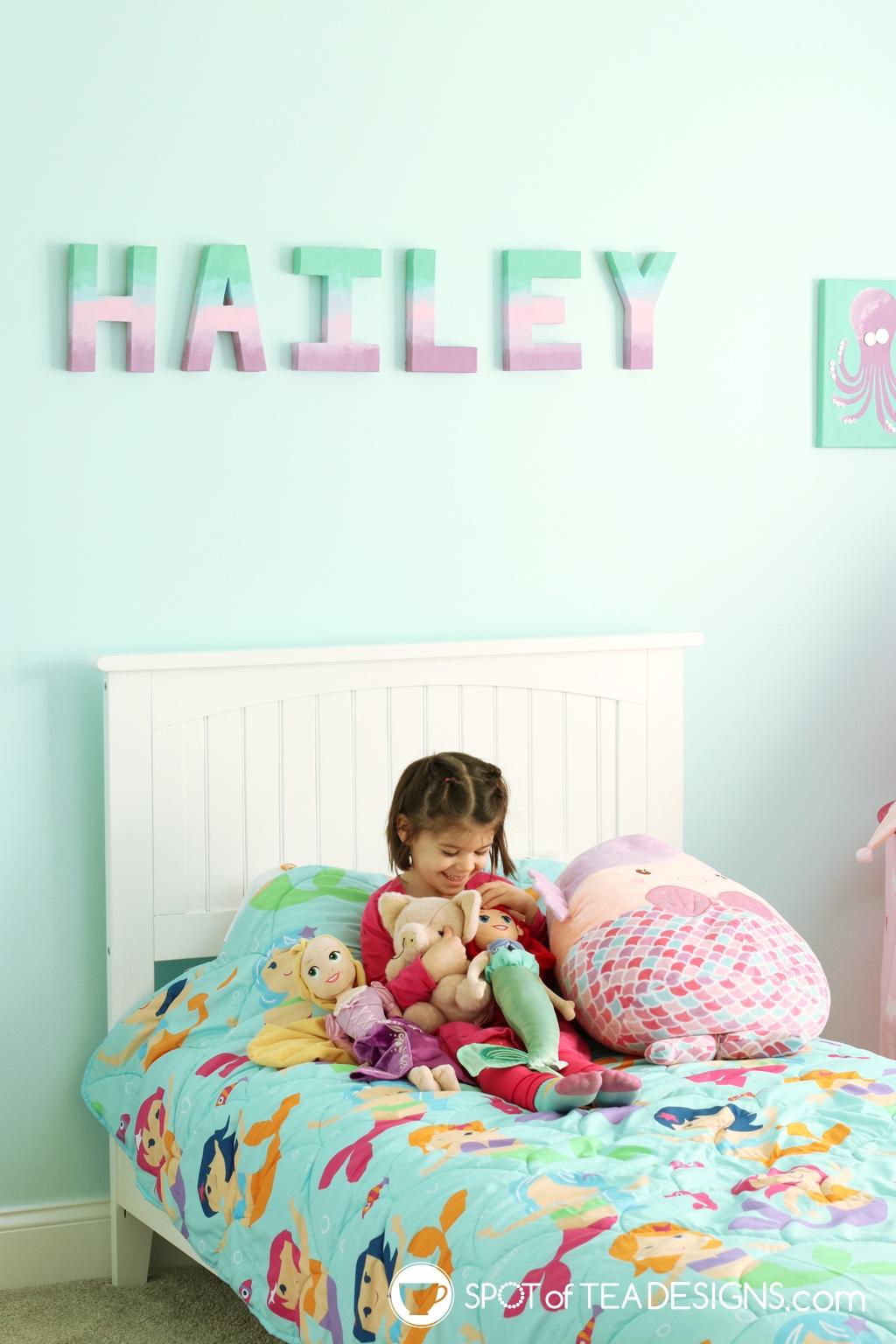 Home Tour - Preschooler's Mermaid Bedroom - mermaid blanket | spotofteadesigns.com