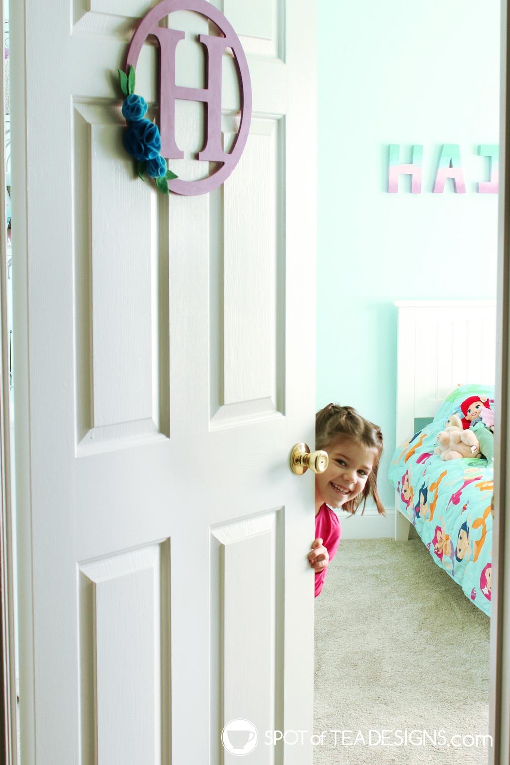 Home Tour - Preschooler's Mermaid Bedroom - peek a boo | spotofteadesigns.com
