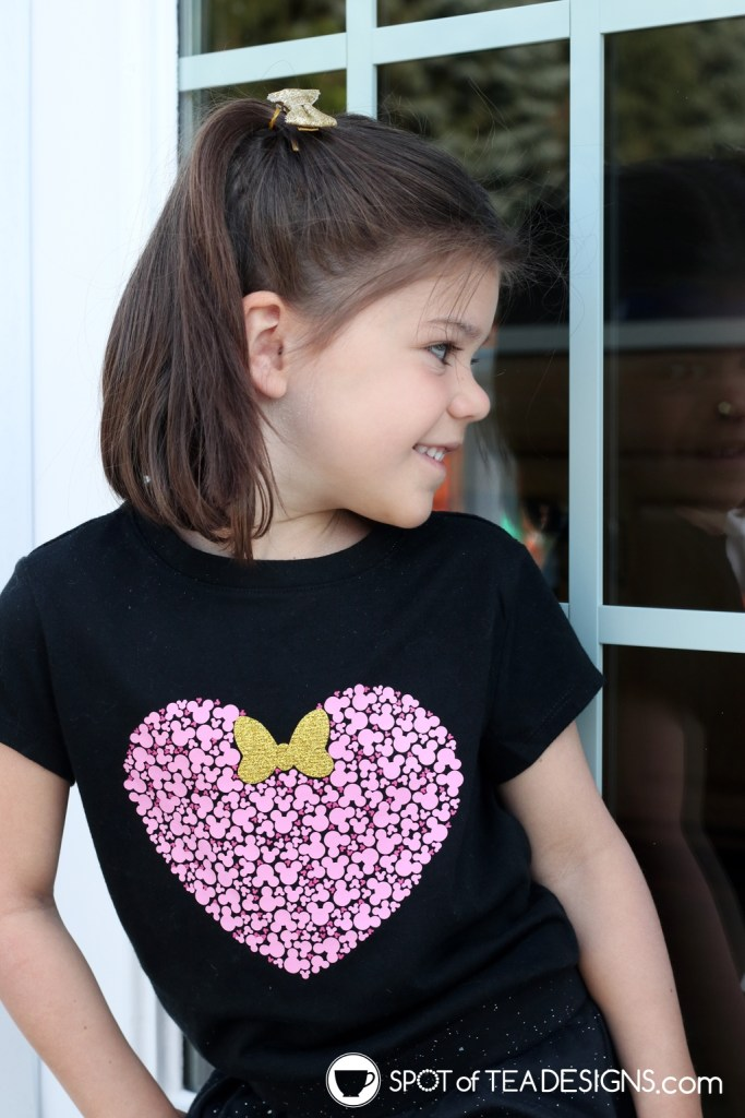 DIY Disney T-shirt - Hidden Mickey Heart | spotofteadesigns.com