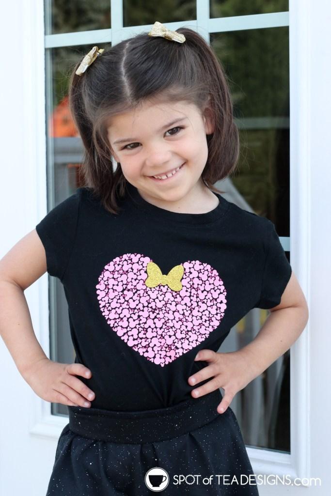 DIY Disney T-shirt - Hidden Mickey Heart | spotofteadesigns.com