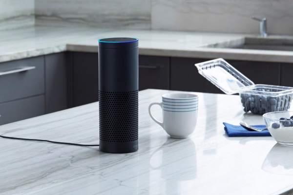 画像2: Amazon Alexaが搭載されたデバイスは初代の高機能スピーカー搭載のAmazon Echo、コンパクトなAmazon Echo Dotや持ち運び可能なAmazon Tapとありますが、今日はAmazon Alexaがキッチンで大活躍するシーンを取り上げてみました。冷蔵庫にある具材からレシピを提案してくれたり、キッチンに不可欠なタイマーや単位変換を使いこなしてみませんか? The post Amazon Alexaをキッチンで使いこなす。お買い物リストへの追加や献立のお勧めもしてくれます! appeared first on Spotry.me. spotry.me