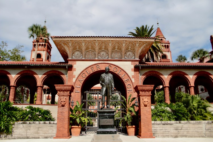 Travel Guide: St Augustine in a Day - Flagler College - www.spousesproutsandme.wordpress.com