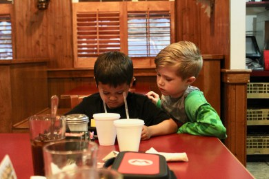 Family Travel Guide: Chapel Hill, NC - Mama Dips - www.spousesproutsme.com