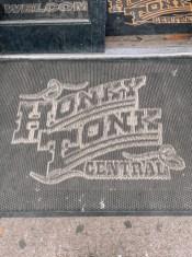 Honky Tonk Central - Nashville Travel Guide - www.spousesproutsme.com