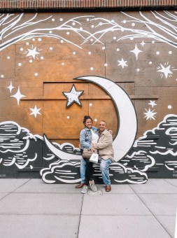 Moon & Star Mural - Nashville Travel Guide - www.spousesproutsme.com