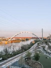 Pedestrian Bridge - Nashville Travel Guide - www.spousesproutsme.com