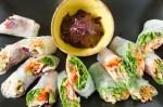 Spring rolls z lososiem