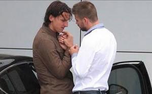 """Ibrahimović je, kažu, cijelu večer pio uz Balaševićeve stihove: """"Sve poredu poželjeh im zdravlja i sreće, iz ruku mi uzeo cveće i sakrio pogled pod velom"""""""