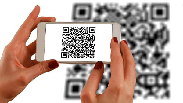 QR Code and Barcode Scanning Apps For iOS