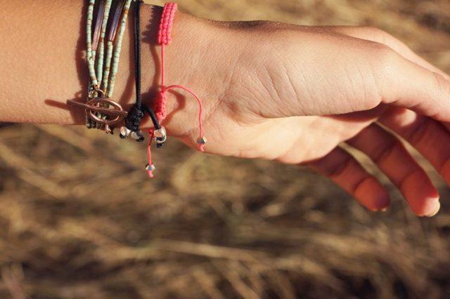 bracelets vue dessous