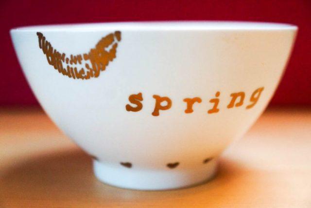 diy gold decorated lip bowl (7 of 8)