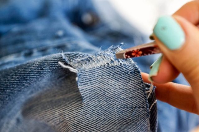 DIY boyfriend jeans (9 of 24)
