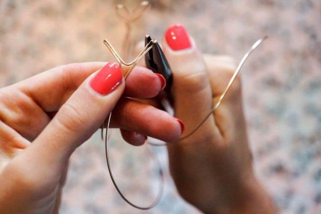 Bracelet saint valentin coeur etape 7)