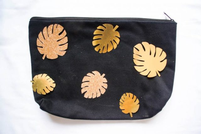 diy-pochette-feuilles-tropicales-dorees-3-of-32