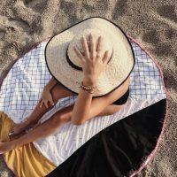DIY serviette ronde géométrique
