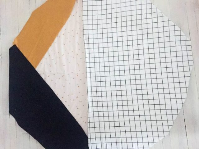 Etapes serviette ronde-4
