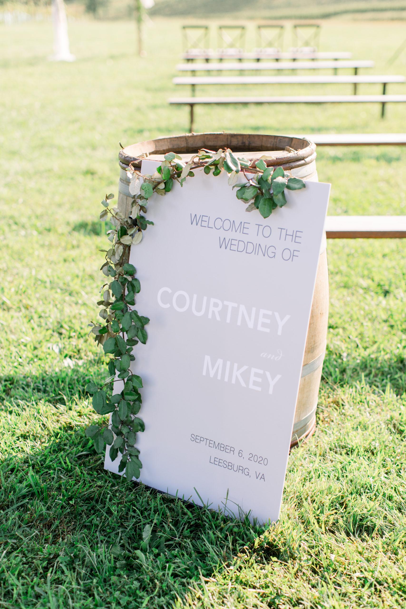 stone tower wedding, romantic wedding, dc florist, wedding florals, classic wedding