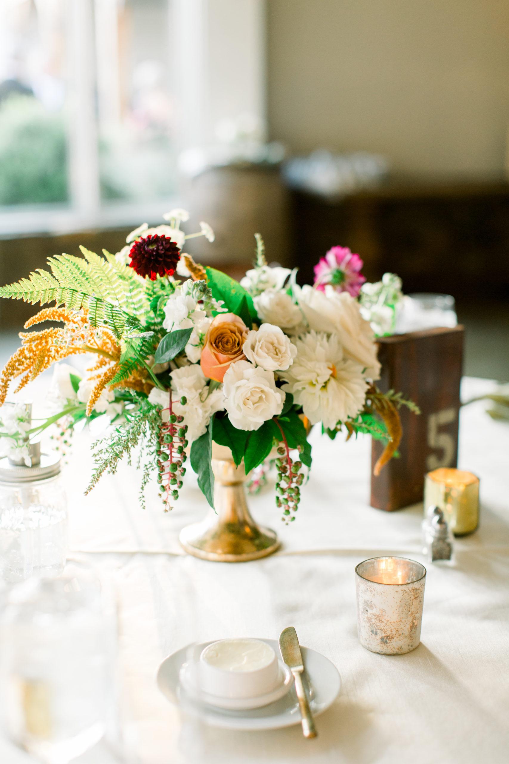 stone tower winery, virginia florist, dc florist, classic wedding,