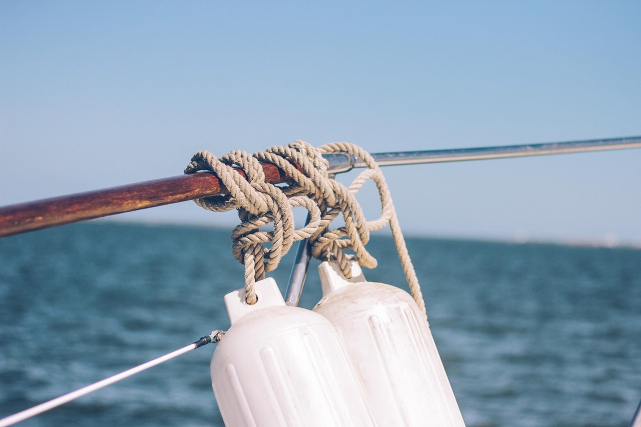 wahoo deep sea fishing roatan