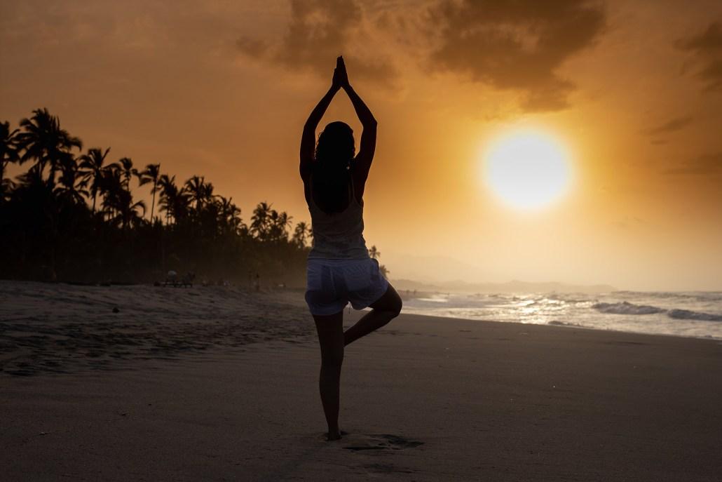 olimpo avila salazar yoga unsplash