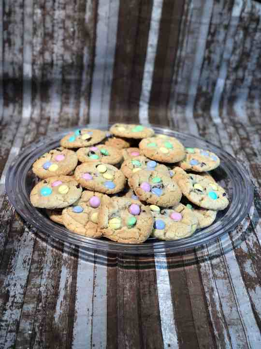 Easter Chocolate Chip M&M Cookies