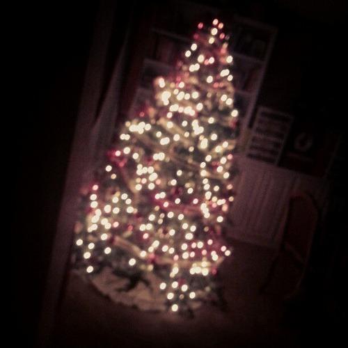 Good night. #Christmas #tree #lights