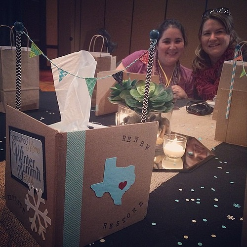 @penningtonpoint did a fab job with decorations! Love the tissue box pennant dividers! #hsmwsummit