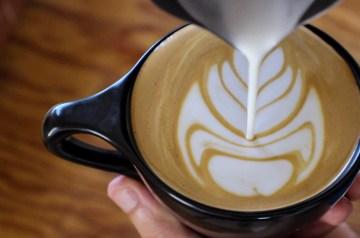 Inverted Tulip Latte Art