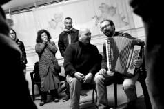 Danilo donninelli suonatori tradizione marche - festa a ballo (23)