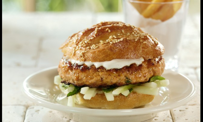 14661-soy-glazed-salmon-burger-relish