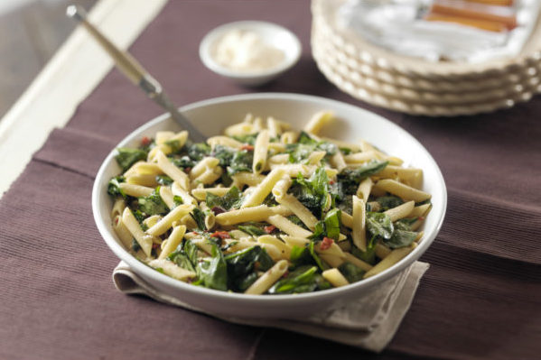 penne-spinach-olives-sun-dried-tomatoes