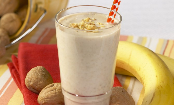 awesome_banana_walnut_shake_4x6