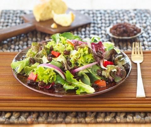 moroccan_salad_with_california_raisins