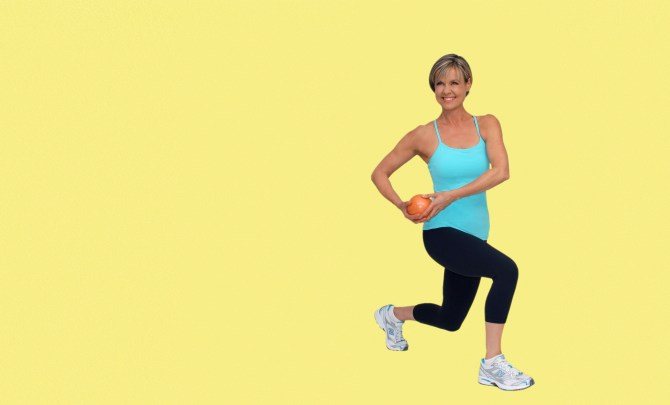 petra-kolber-tone-core-legs-easy-lunge-exercise-spry