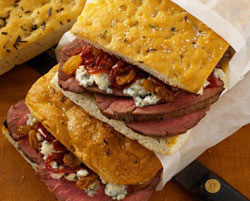 roast_beef_tenderloin_with_red_onion_jam_and_gorgonzola_cheese