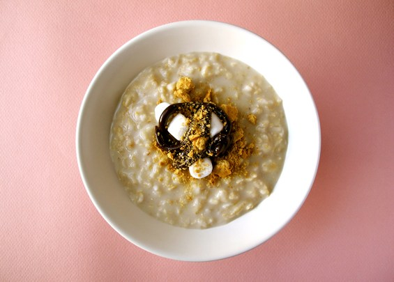 o27-oatmeal-topping-health-breakfast-smores-spry