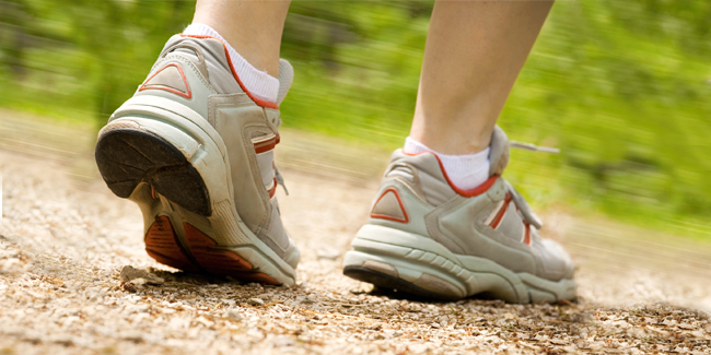 small-change-heart-health-easy-simple-tip-advice-stop-smoke-walk-move-step-health-cardiac-spry
