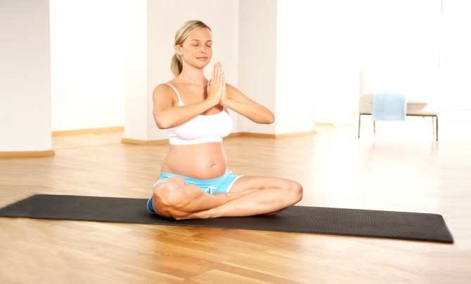 Sare-Exercises-For-Your-Pregnancy-Spry.jpg