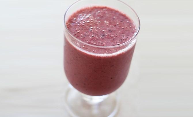 Cherry-Soy-Yogurt-Smoothie-Spry.jpg